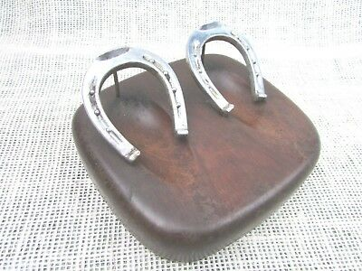 VINTAGE McDonald 2 holder DUK-IT WALNUT PIPE HOLDER/STAND with HORSESHOES