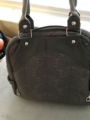 Petunia Pickle Bottom City Carryall Diaper Bag in Champs Elysees Grey 634caaea5c9c0