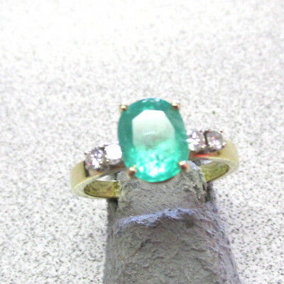 Beautiful Estate 18k Gold Emerald and Diamond Ring Size 8.5   Make Offer