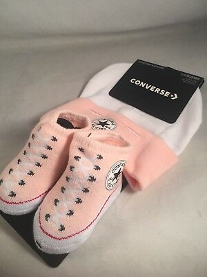 CONVERSE CHUCK TAYLOR Baby Girls Hat & Booties Gift Set, Size 0 6 Months, Pink M