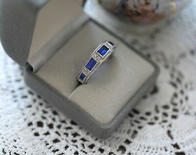 Art Deco Vintage Jewellery Gold Ring Dark Blue White Sapphires Antique Jewelry