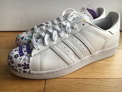 quality design 80870 4dca2 Adidas Superstar Pharrell Williams UK 9  Pride Flower  S83367