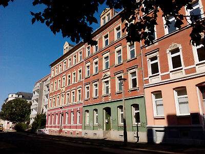 Freehold 2 bedroom flat in the centre of Chemnitz, Germany.