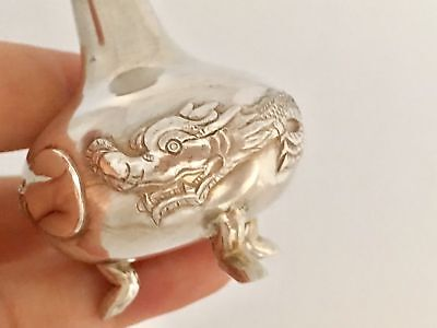Antique Chinese Export  Dragon Solid Silver Pepper Shaker (R2734)