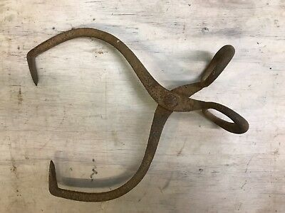Antique Vtg Iron Ice Block Tongs 16 Inch Metal Primitive Rustic Farm Barn