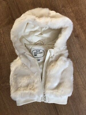 M&S Baby Girl Sleeveless Faux Fur Gilet With Hood Cream 3-6 Mths 8kg 69cm