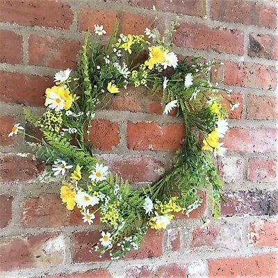 Large White Daisy Yellow Buttercup Meadow Flower Wreath Summer Easter 45cm