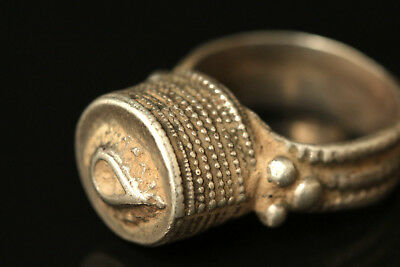 Rare Yemeni Silver ring antique tribal solid silver ring