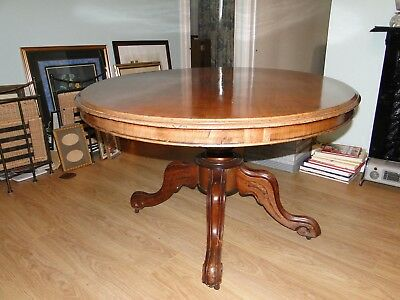 Beautiful Antique Late Victorian Oval Mahogany Loo Table