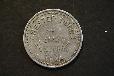 "Pleasant Valley, Iowa. Chester Dodds Good For 1 Bushel "" Onion Pickers Token """