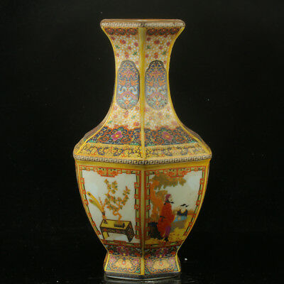 Chinese Enamel Porcelain Hand Painted Vase Made During The Kangxi Period RF004+a