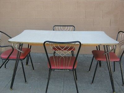 1950's Table & Chairs Set w/ 4 Chairs