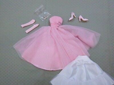 """Tonner 16"""" Deja Vu Outfit - Judy on Stage Outfit"""