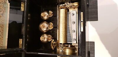 ANTIQUE CYLINDER MUSIC BOX - 12 AIRS not working