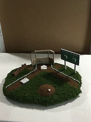 Wee Forest Folk - Baseball Display for WWF Mice (Mice not Included)