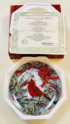 CARDINALS IN THE HOLLY Franklin Mint Heirloom Ltd Ed Porcelain Plate 8 Inches