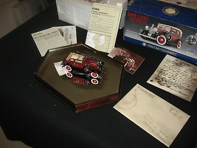 Franklin Mint 1932 Ford V-8 Bonnie & Clyde's Car W/ Bullet Holes Maroon