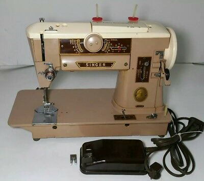 Vintage Singer Sewing Machine with Foot Pedal 401A