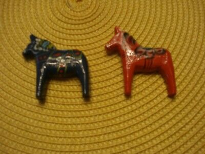 Set Of 2 Swedish Wooden Dala Horse Magnets Handmade Red & Blue Rare In The Us