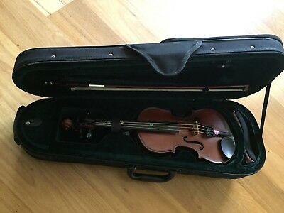 Enrico Student Extra violin outfit, 1/4 size with bow and case – VGC