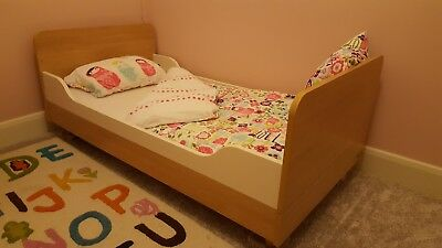 Mamas And Paper Manhatten Cot Bed