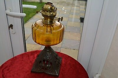 edwardian twin burner oil lamp amber font in good condition no damage