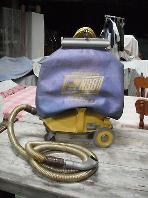 NSS  M-1 Pig Heavy Duty Commercial Vacuum w/ Hose and Bag very clean unit