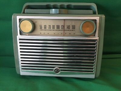 RCA Victor 7-BX-8L Globe Trotter Portable Tube Radio Vintage 50s For Parts