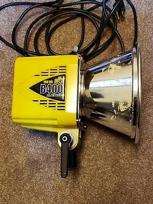 Alien Bees B400 Studio Flash Strobe Light with Reflector & Cables Paul Buff