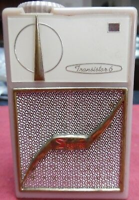 VINTAGE 1958 Zephyr AR-600 6 TRANSISTOR RADIO  AM/CD, WORKS!