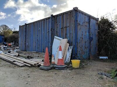 19ft Shipping Container