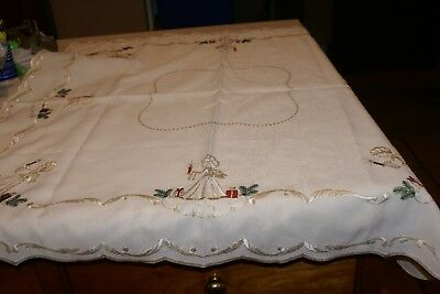"""Linen Tablecloth Christmas ANGELS WITH CANDLES SPARKLY SCALLOPED EDGES 30"""" SQ."""