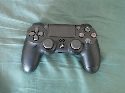 Sony DualShock 4 (10037) Gamepad - Used - Great condition