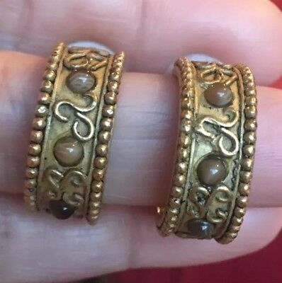 FABULOUS VTG 80s 90s RUNWAY MATTE GOLD BYZANTINE ETUSCAN BEAD EDGE HOOP EARRINGS