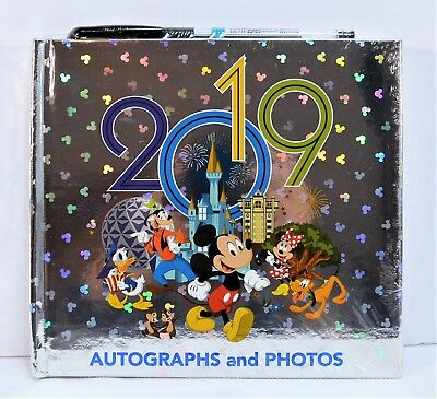 Walt Disney World 2019 4 Parks Mickey & Friends Autograph Book & Pen NEW CUTE