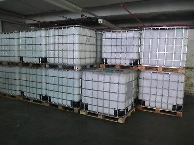 IBC CONTAINER 1000 LITRE STORAGE TANK. COLLECTION OL15 area.