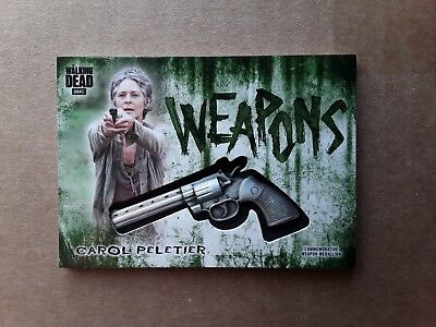 Walking Dead Hunters and the Hunted Carol Green Weapon Medallion Relic #21/25