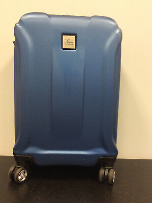 Skyway Luggage  20-Inch Hardside Spinner Carry-on Luggage Cobalt Blue