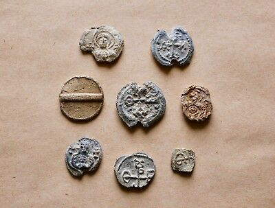 Lot Of 8  Byzantine Lead Seals To Be Catalogued. Nice Items!