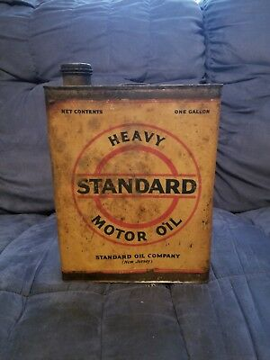 Vintage 1 Gallon Standard Oil Company Heavy Motor Oil Tin Can New Jersey