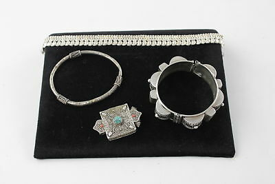 4 x .925 Sterling Silver EASTERN TRADITION JEWELLERY Pendant, Cuffs (131g)