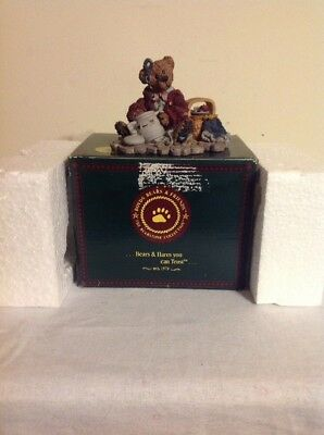 Boyds Bears & Friends Collection Figure 1993 The Cookie Queen