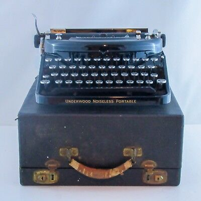 Antique Underwood Noiseless Portable 77 Typewriter In Case
