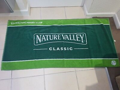 Tennis towel from a Pro