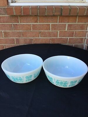 Vintage Pyrex Amish Butterprint Turquoise Mixing Bowls Set OF 2