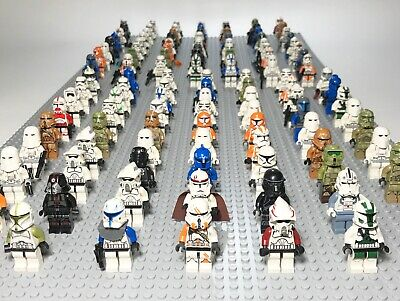 Lot of 4 RANDOM Lego Star Wars Minifigures Huge Rare Lot with Accessories