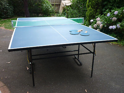 Folding portable TABLE TENNIS ping pong table Full size, with net, balls, 3 bats