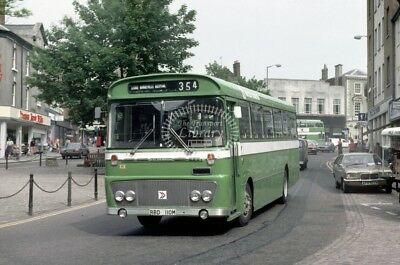 PHOTO United Counties Bedford YRT 110 RBD110M in 1980 at Aylesbury area