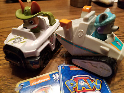 New Paw Patrol Tracker and Everest Racer