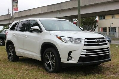 2017 Toyota Highlander LE Plus 4dr SUV 2018 Ford F-150 XLT, RUNS AND DRIVES, SALVAGE TITLE